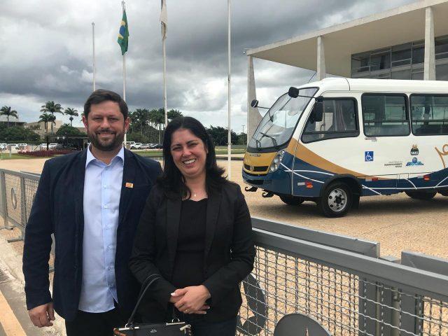 Desenvolvimento Social: Nove municípios recebem veículos para assistência